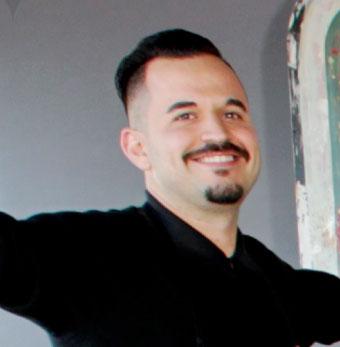 Carlos Calixto - Manager